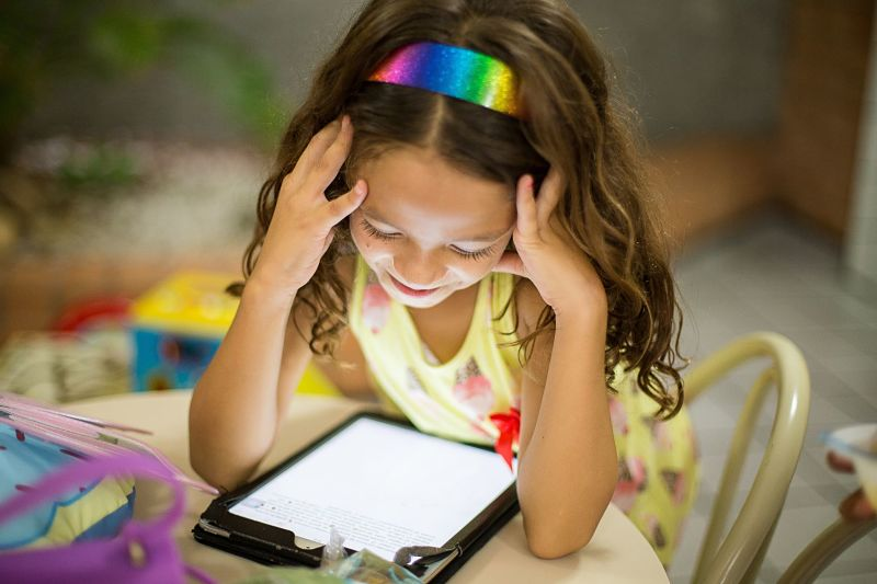 How to limit children's screen time this winter