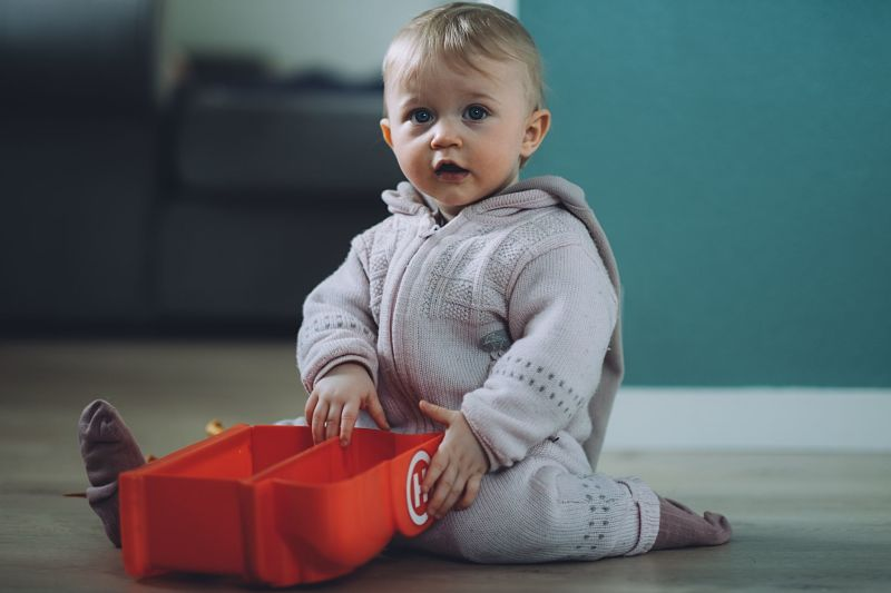 Tips for keeping your baby warm in winter
